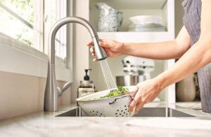 Moen 7594SRS Arbor kitchen faucet – Best Pull-Out Kitchen Faucet