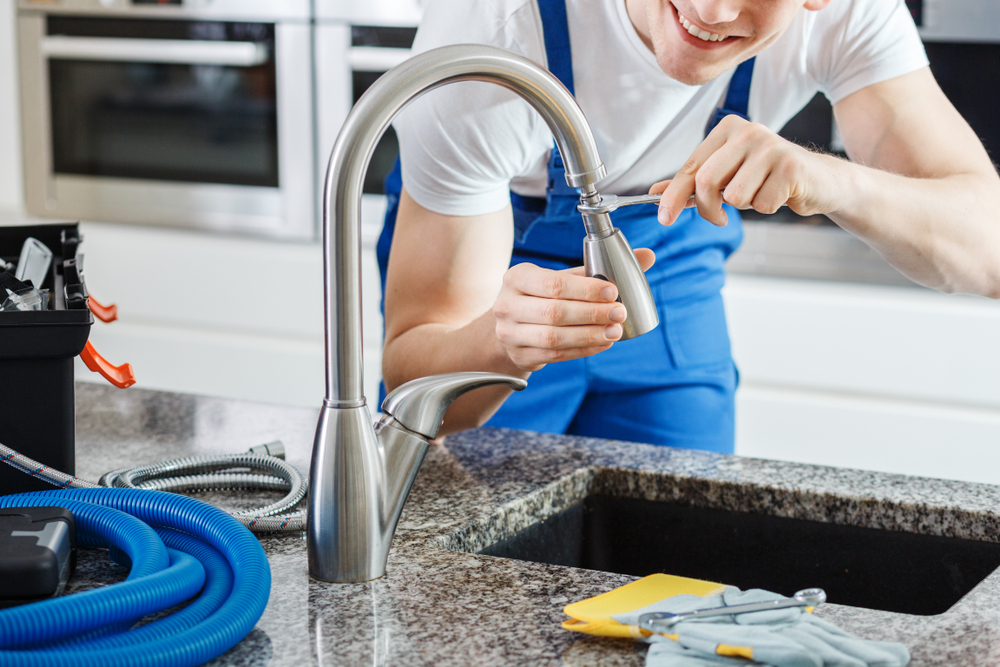 What do Plumbers Charge to Install a Faucet