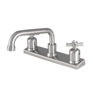 Center set faucet
