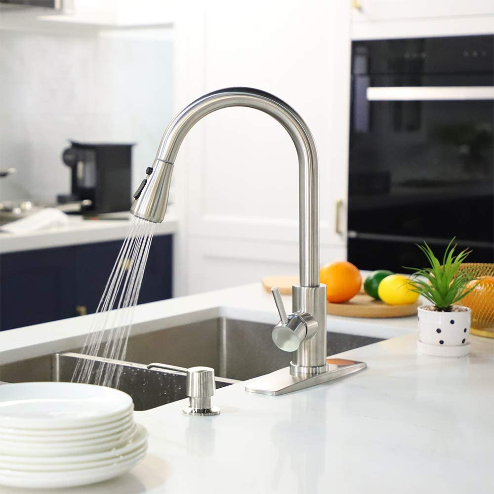Best-Faucet-for-Your-RV-Kitchen
